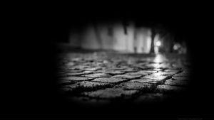 Wallpaper : fond d'écran : gros plan sur les pavés de Lisbonne de nuit